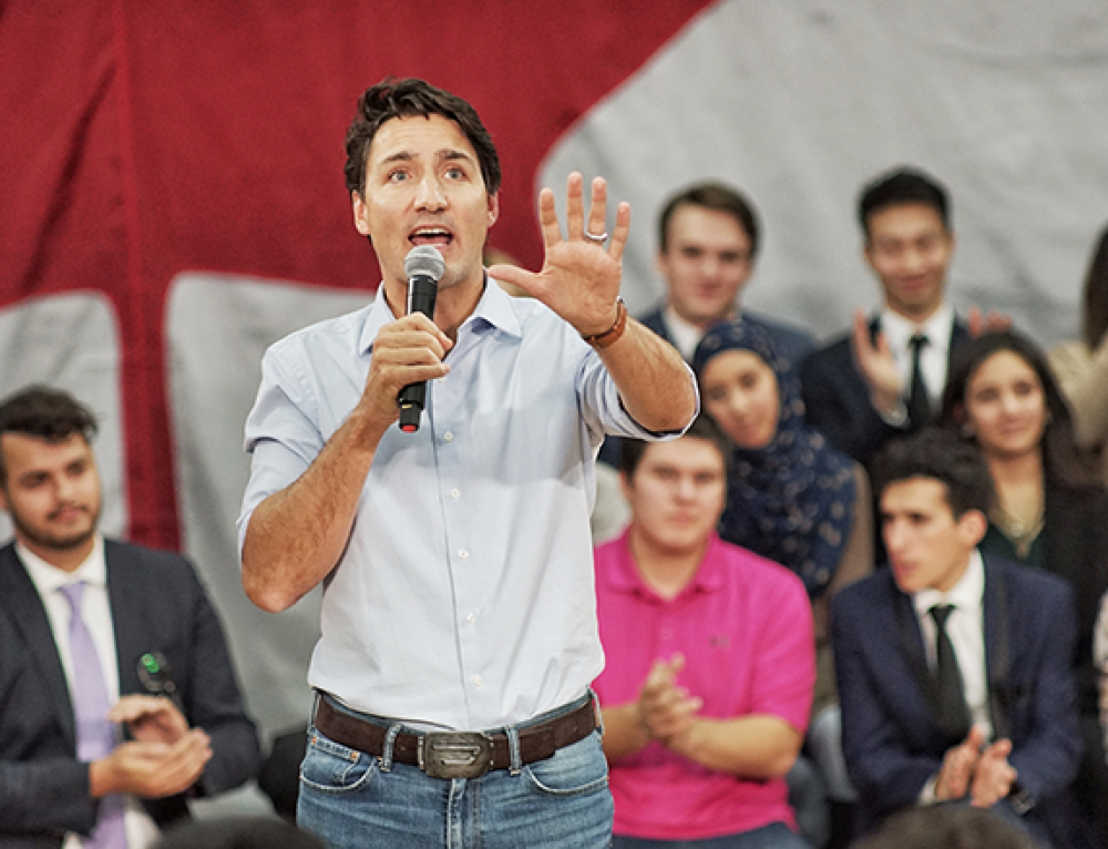 Trudeau Introduces New Law: Polluters Will Pay For Carbon Emissions